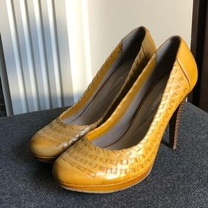 Shoes - Deep yellow/ gold heels- Ready to Rock this Spring